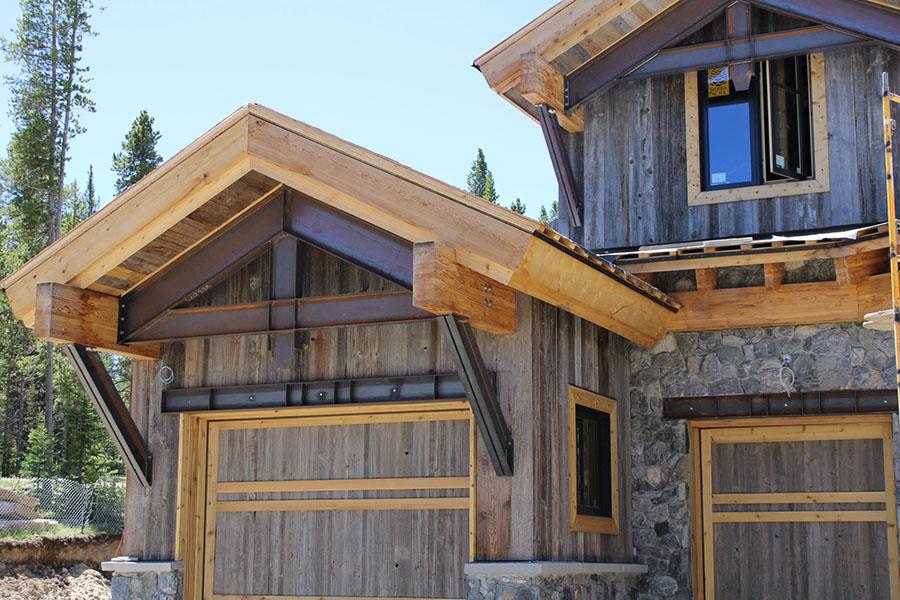 wood siding evergreen